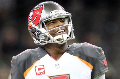 Jameis Winston: Tampa Bay Buccaneers quarterback remains sidelined by shoulder