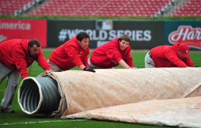 MLB: Texas at St. Louis, ppd., rain