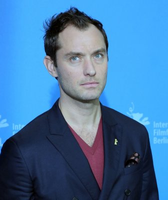 Actor Jude Law, director Lynne Ramsay quit 'Jane' film