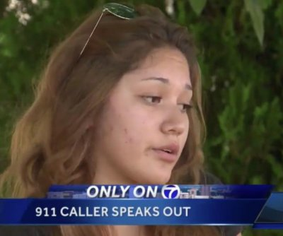 911 dispatcher resigns after telling frantic caller 'deal with it yourself'