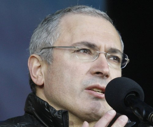 Mikhail Khodorkovsky's father summoned by Russian investigators