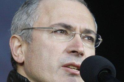 Mikhail Khodorkovsky's father summoned by Russian investigators