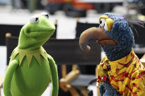 Jay Leno, Elizabeth Banks, Josh Groban to appear on 'The Muppets'