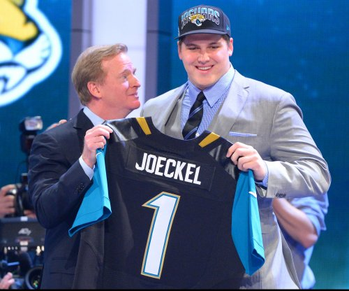 Jacksonville Jaguars to decline option on Luke Joeckel