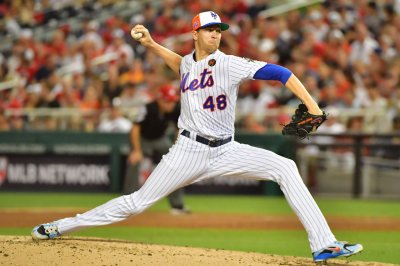 As rumors linger, Mets' deGrom focuses on Yankees