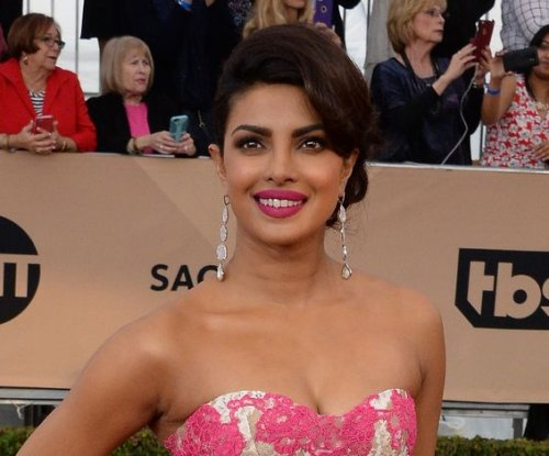 Priyanka Chopra to play villain in 'Baywatch' reboot