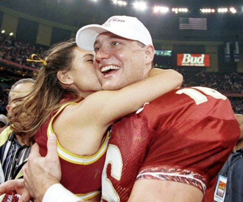 Tennessee Vols hire Chris Weinke as new running backs coach