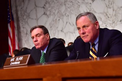 Senators slam Obama administration over Russia election meddling