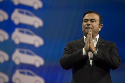 Prosecutors in Japan charge 2 Americans with helping Carlos Ghosn escape