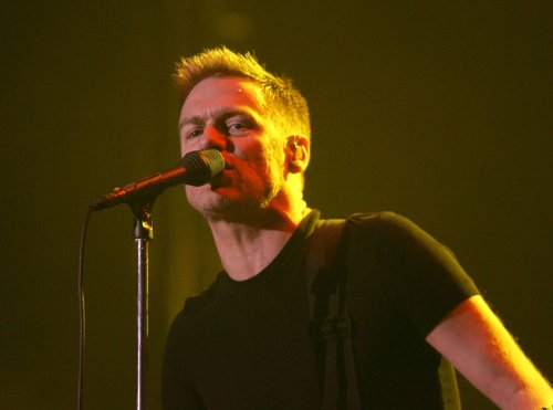 Bryan Adams to release new live CD