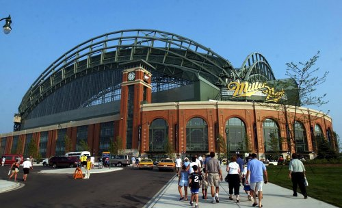 Brewers offer concessions by cellphone