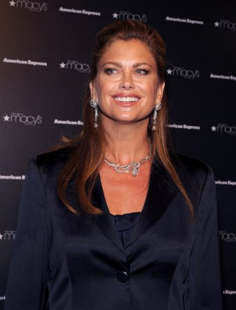 Kathy Ireland eliminated from 'Dancing'