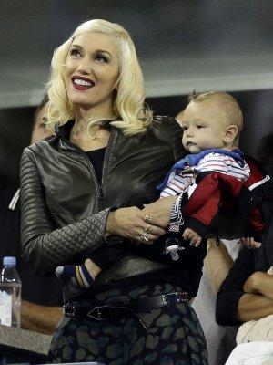 Gwen Stefani teases new solo, No Doubt albums