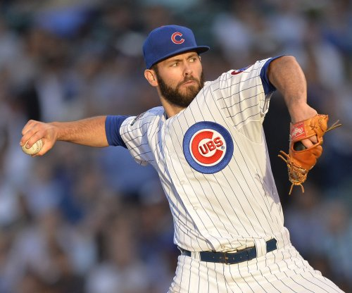 Chicago Cubs' Jake Arrieta no-hits Los Angeles Dodgers, fans 12