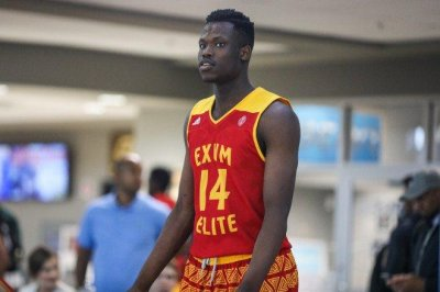 Blue-chip recruit Emmanuel Akot to join Arizona Wildcats early