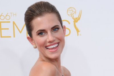 Allison Williams on dad Brian Williams: 'I know you can trust him'