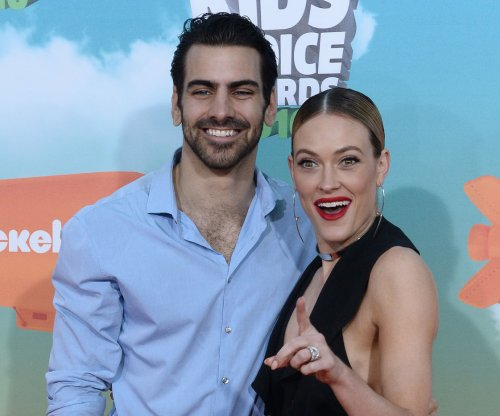 Nyle DiMarco earns first perfect 10 on 'Dancing With The Stars'