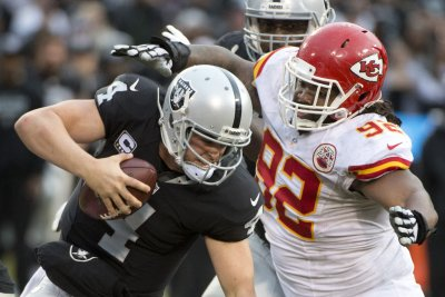 Dallas Cowboys agree to terms with veteran DT Dontari Poe