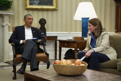 Obama calls White House meeting on Ebola virus