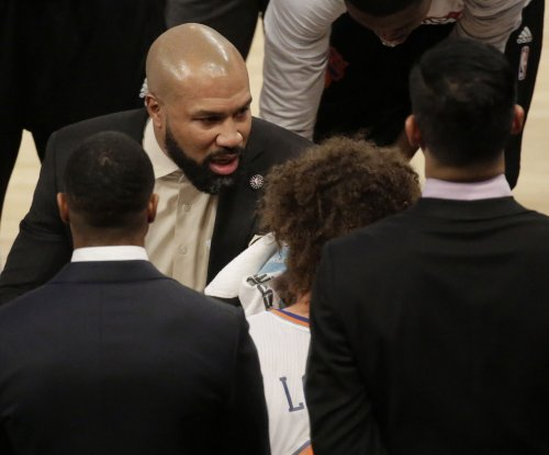 New York Knicks fire coach Derek Fisher