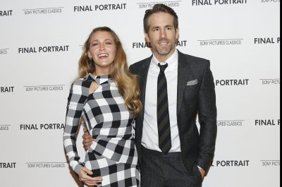 Ryan Reynolds votes with Blake Lively on his birthday