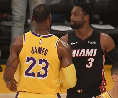 Dwyane Wade to work with LeBron James before Lakers games