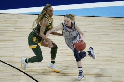 Women's basketball: Paige Bueckers leads UConn to Final Four
