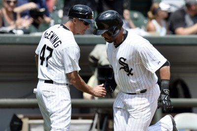 Chicago White Sox hit three homers, hammer Oakland Athletics