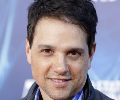 Ralph Macchio, Jewel help roast their friend Rob Lowe on Comedy Central