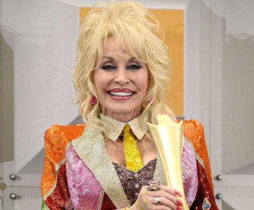 Dolly Parton, Kenny Rogers explain why they never dated