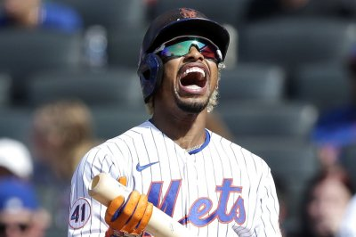 Francisco Lindor hits three homers, leads Mets over Yankees