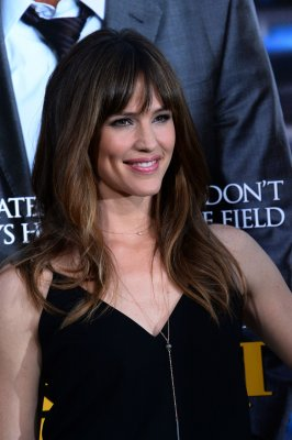 Jennifer Garner not pregnant, says publicist