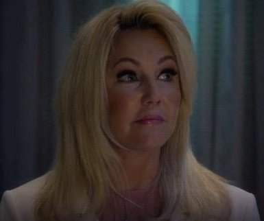 Heather Locklear returns to TV in 'Too Close to Home'