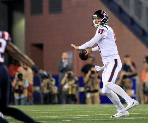 Houston Texans turn back to Brock Osweiler vs. rookie-led Oakland Raiders