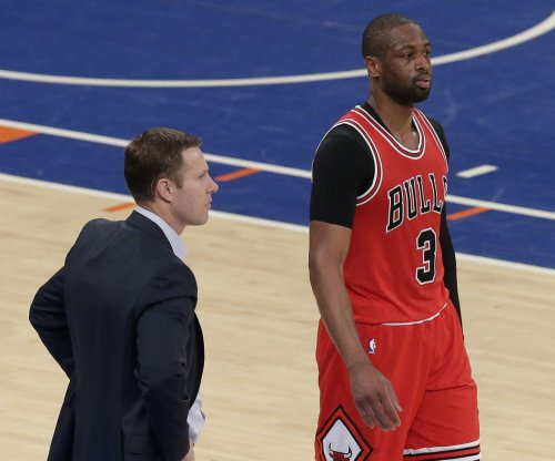 Chicago Bulls attempt to clear air with team meeting