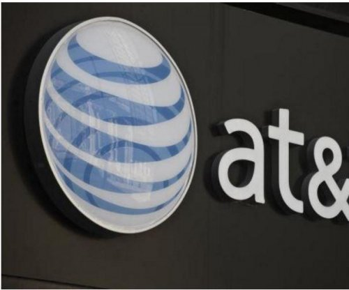 17,000 AT&T technicians strike for second day