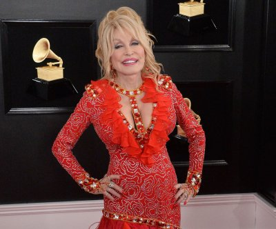 Dolly Parton, Pink to perform at 2019 CMA Awards