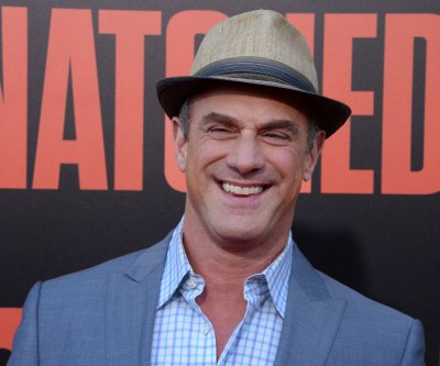 Mariska Hargitay celebrates Christopher Meloni's 'SVU' spinoff on his birthday