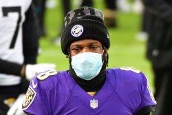 Baltimore Ravens star QB Lamar Jackson tests positive for COVID-19