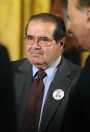 Scalia blasts U.S. corruption law