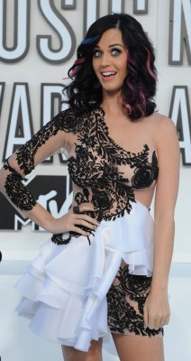 Katy Perry talks up her sexy side