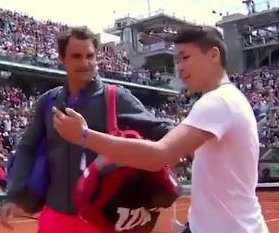 Federer upset over fan who stormed tennis court for 'selfie' at French Open