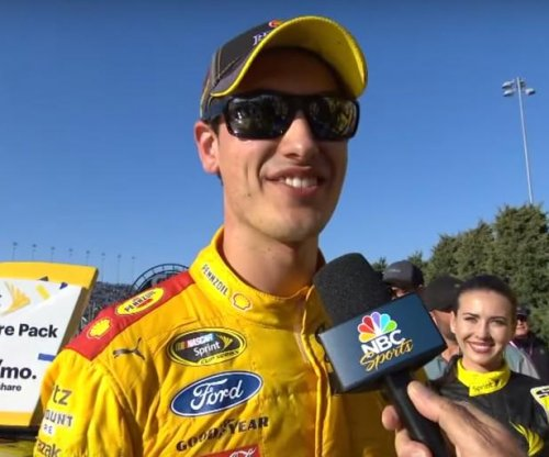 Joey Logano takes second straight chase race