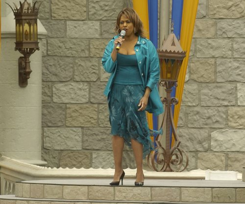 Jennifer Holliday bows out of Donald Trump's pre-inauguration concert after backlash
