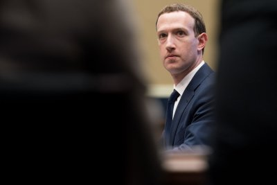 Calif. passes law limiting how tech companies sell users' personal data