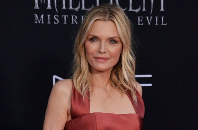 Michelle Pfeiffer's 'French Exit' to close the New York Film Festival