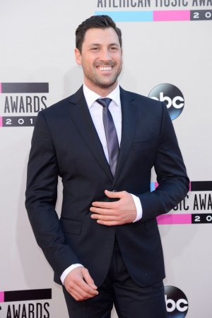 Maksim Chmerkovskiy to return to 'Dancing with the Stars' for Season 18