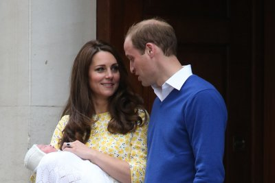 Prince William and Kate Middleton ask the media for privacy
