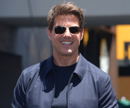 Tom Cruise on 'Top Gun 2' rumor: 'It is definitely happening'