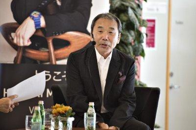 Haruki Murakami to donate manuscripts to Waseda University